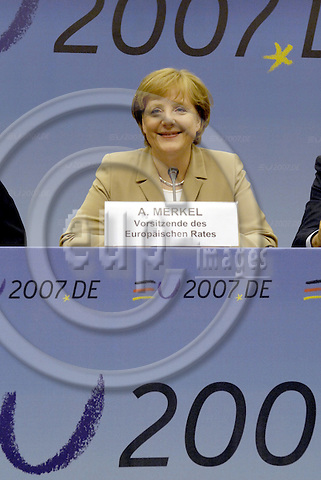 Brussels-Belgium - 21 June 2007---European Council / summit under German Presidency; here, briefing the press at the end of the first day: Angela MERKEL, Federal Chancellor of Germany and acting President of the EU-Council---Photo: Horst Wagner/eup-images