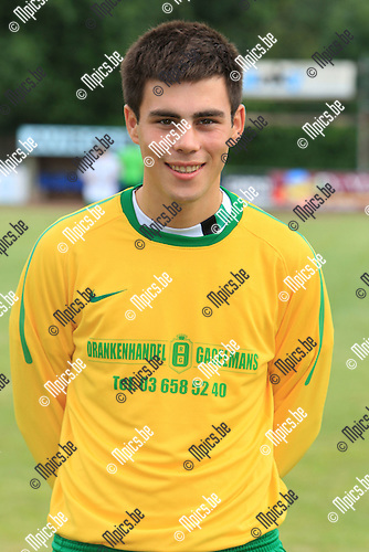 2010-06-21 / Voetbal / seizoen 2010-2011 / Schoten SK / De Bruyn Lander..Foto: mpics