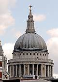 London, England, GBR - August 7, 2005 -- The dome of St. Pauls Cathedral in London, England, GBR on August 7, 2005.  The dome was designed by Sir Christopher Wren in 1710 after the great fire of 1666 destroyed the original church..Credit: Ron Sachs / CNP