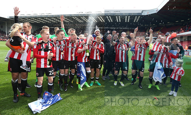 Sheffield United's players celebrate with the trophy during the League One match at Bramall Lane, Sheffield. Picture date: April 30th, 2017. Pic David Klein/Sportimage
