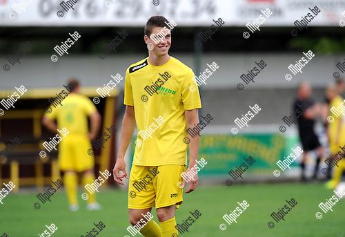 2013-07-30 / Voetbal / seizoen 2013-2014 / Sint-Lenaarts - Bornem / Yannick Verlinden<br /><br />Foto: Mpics.be