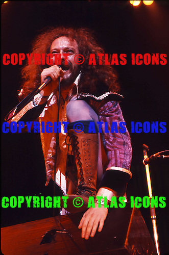 JETHRO TULL, LIVE AND SESSION, VINTAGE 70S, NEIL ZLOZOWER