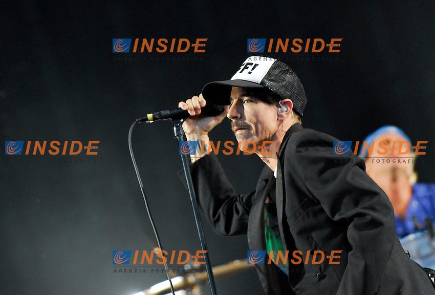 Anthony Kiedis.Parigi 30/06/2012 Concerto dei Red Hot Chili Peppers allo Stadio di Francia..Photo Federico Pestellini /Panramic/Insidefoto.ITALY ONLY.