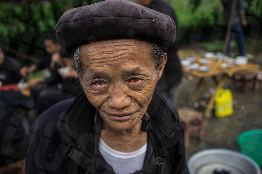 September 19, 2014 - Dong Van (Vietnam). A local poses for a portrait in the outskirts of Dong Van. © Thomas Cristofoletti / Ruom