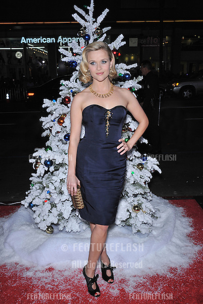 "Reese Witherspoon at the world premiere of her new movie ""Four Christmases"" at Grauman's Chinese Theatre, Hollywood..November 20, 2008  Los Angeles, CA.Picture: Paul Smith / Featureflash"
