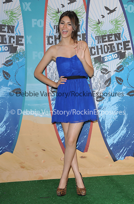 Victoria Justice at Fox Teen Choice 2010 Awards held at he Universal Ampitheatre in Universal City, California on August 08,2010                                                                                      Copyright 2010 © DVS / RockinExposures