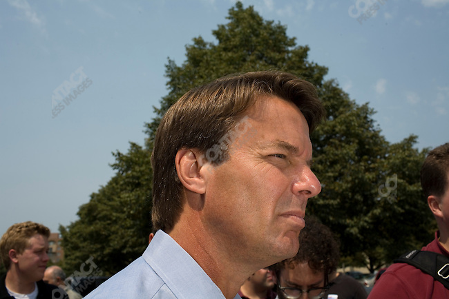 Former Senator John Edwards (D-North Carolina), potential Democratic presidential candidate, at a campaign stop. Ames, Iowa, August 16, 2007.