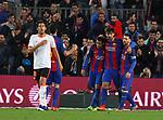 Neymar, Andre Gomes y Messi en el partido de liga entre el FC Barcelopna contra el Valencia en el Camp Nou