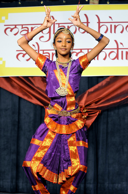 2009 Diwali Celebration & Fashion held in Lanham Maryland. Professional Image Event Photography by John Drew