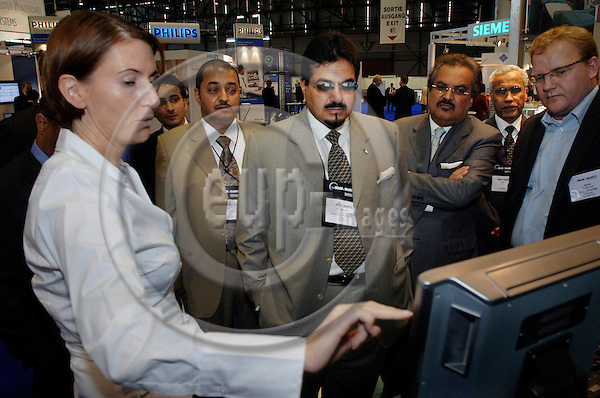 GENEVA - SWITZERLAND 12. 10. 2006 -- The World of Health IT. Exhibition: Minister of health Kuwait HE Sheik at the Cisco stand  -- PHOTO: GORM K. GAARE / EUP- IMAGES .