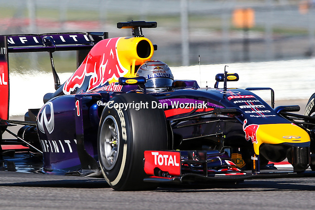 SEBASTIAN VETTEL (01) driver of the Infiniti Red Bull Racing car in action during the last practice before the Formula 1 United States Grand Prix race at the Circuit of the Americas race track in Austin,Texas.
