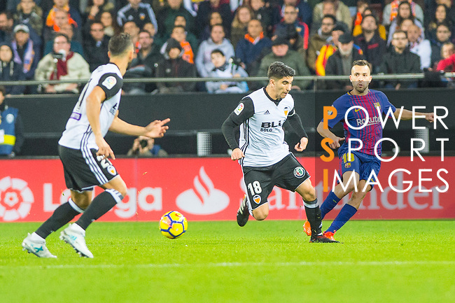 Martin Montoya Torralbo of Valencia CF runs with the ball during the La Liga 2017-18 match between Valencia CF and FC Barcelona at Estadio de Mestalla on November 26 2017 in Valencia, Spain. Photo by Maria Jose Segovia Carmona / Power Sport Images