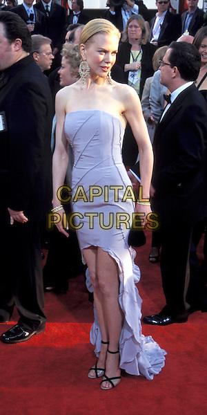 NICOLE KIDMAN.Golden Globe Awards.long strapless blue dress, split, strappy sandals, heels, earrings.Ref: ND.www.capitalpictures.com.sales@capitalpictures.com.© Capital Pictures