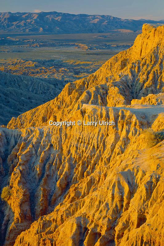Font's Point, Borrego Badlands<br />   and the Vallecito Mountains<br /> Anza-Borrego Desert State Park<br /> Sonoran Desert,  California