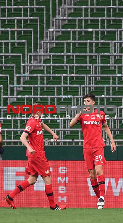 Jubel nach dem 1:2: Torschuetze Kai Havertz (Leverkusen) mit Sven Bender (Leverkusen) vor leeren Raengen.<br /><br />Sport: Fussball: 1. Bundesliga: Saison 19/20: 26. Spieltag: SV Werder Bremen - Bayer 04 Leverkusen, 18.05.2020<br /><br />Foto: Marvin Ibo GŸngšr/GES /Pool / via gumzmedia / nordphoto