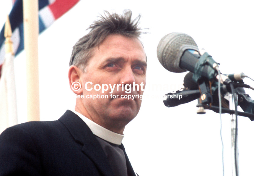Rev Robert Dickinson, aka Rev Bertie Dickinson, Londonderry, N Ireland, prominent member, Ulster Vanguard Movement, 197203190286RB.<br />