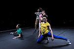fLES MODULABLES..I am sitting in a room..Choregraphie : LEIGHTON Joanne..Lumières : ANNEBI Farid..Compagnie : CCN de Franche Comté à Belfort..Avec :  BAJOLET Matthieu, CARRIAU Marion, FUSCO Massimo, ISELI Alexandre, PELLERAY Edouart, SIMON Pauline..Lieu : Centre National de la danse..Ville : PANTIN..Le : 06/03/2012..© Laurent PAILLIER / photosdedanse.com..All Rights reserved