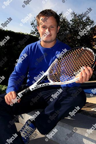 2010-08-31 / Tennis / Pieter Geerts ..Foto: Mpics