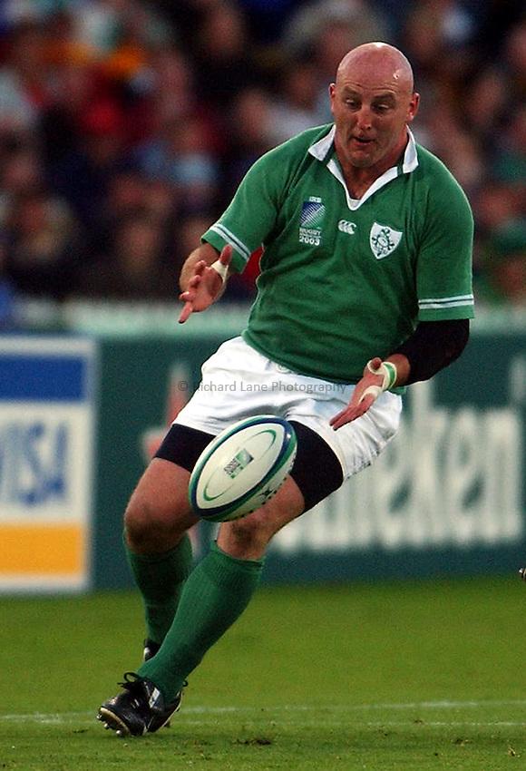 Photo: Jack Atley..Argentina v Ireland.  The Adelaide Oval, Adelaide. RWC 2003. 26/10/2003..Keith Wood.
