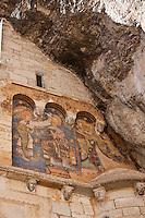 Europe/Europe/France/Midi-Pyrénées/46/Lot/Rocamadour: Fresques du XIIème siècle, peintes sur les murs extérieur de la chapelle Saint-Michel représentant l'Annonciation et la Visitation