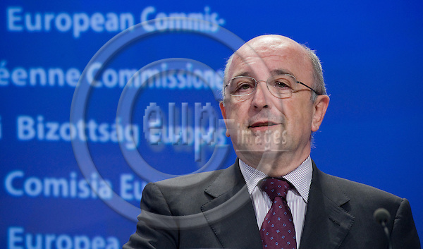 Brussels-Belgium - May 19, 2010 -- Joaquín (Joaquin) ALMUNIA, Vice-President of the European Commission  / European Commissioner from Spain and in charge of Competition, during a press conference in the HQ of the EC -- Photo: Horst Wagner / eup-images