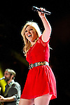 Kelly Clarkson 2013