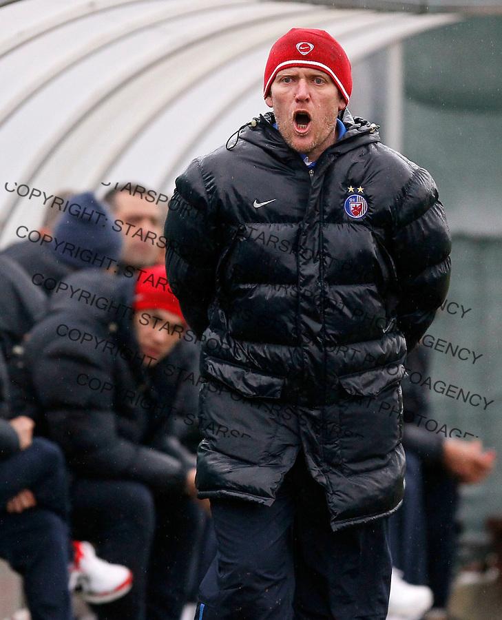 Fudbal, pripreme za  sezonu 2010/2011, Crna Gora.Crvena Zvezda Vs. Sutjeska (Niksic).Head coach Robert Prosinecki.Radanovici, 23.01.2011..foto: Srdjan Stevanovic/Starsportphoto ©