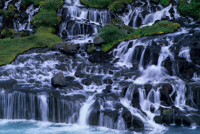 ICELAND, NORTHWESTERN INTERIOR, HRAUNFOSSAR, LAVA WATERFALL, DETAIL