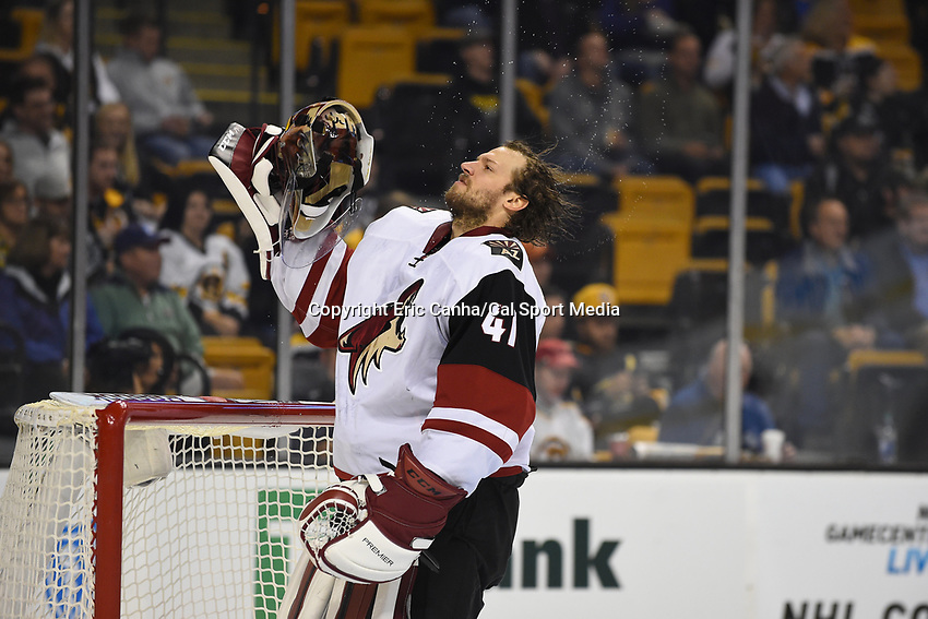 Tuesday, October 27, 2015: Arizona Coyotes goalie Mike Smith (41) prepares for the start of the National Hockey League game between the Arizona Coyotes and the Boston Bruins held at TD Garden, in Boston, Massachusetts. Eric Canha/CSM