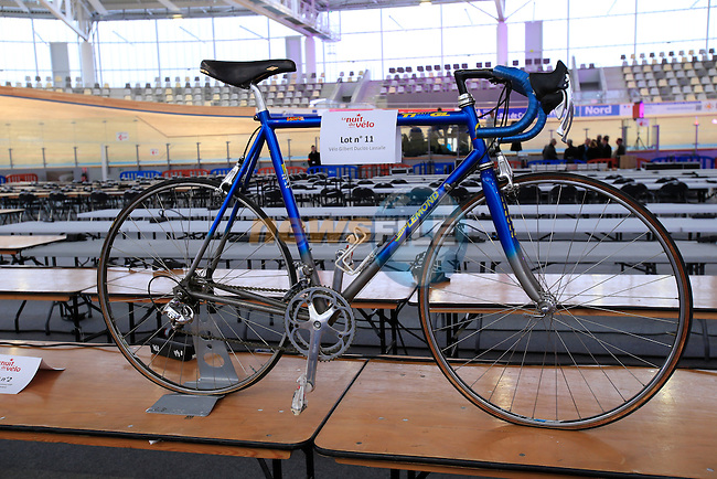 "Former winner of Paris-Roubaix, Gilbert Duclos Lassalle's bike up for auction during ""La Nuit du Velo"" an evening on behalf of medical research in Velodrome Couvert Jean Stablinski in Roubaix, France 5th April2013 (Photo by Eoin Clarke 2013)"