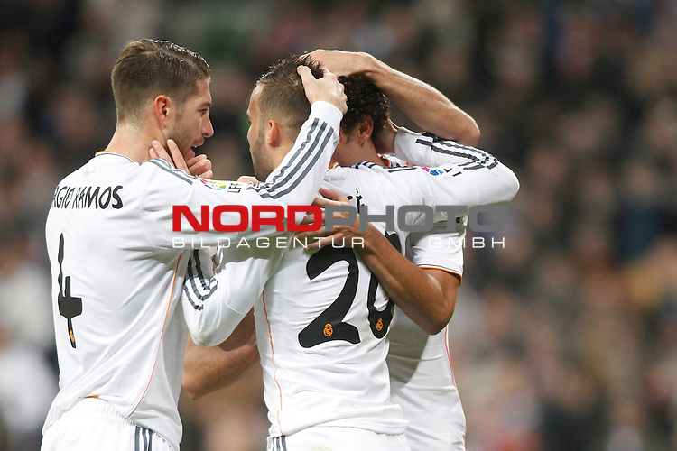 Real Madrid¬¥s Sergio Ramos and Jesse during a Spain King Cup soccer match between Real Madrid and Osasuna at Santiago Bernabeu Stadium in Madrid, Spain. January 09, 2014. Foto © nph / Caro Marin)