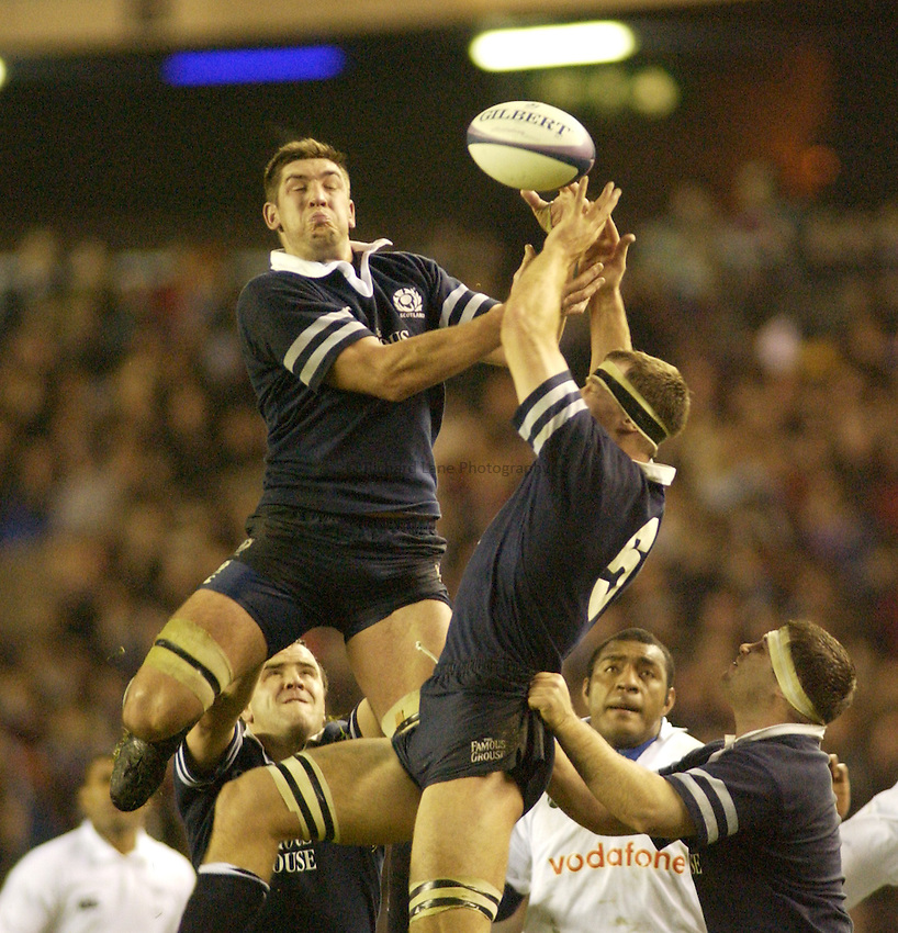 Photo. Jed Wee.Scotland v Fiji, Rugby Union International, Murrayfield, Edinburgh, Scotland. 24-11-2002..Scotland's Nathan Hines (L).