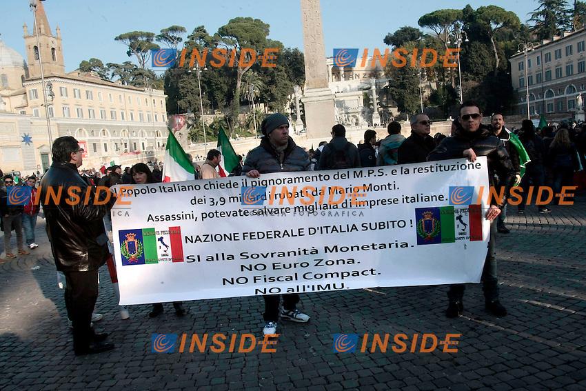 Roma 18/12/2013 Piazza del Popolo. Manifestazione dei Forconi, del Coordinamento 9 Dicembre.<br /> Demostration of <br /> Photo Samantha Zucchi Insidefoto