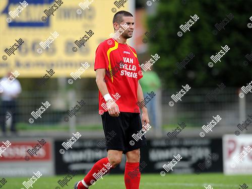 2011-09-05 / Voetbal / seizoen 2011-2012 / Kapellen FC / Thomas Broeckaert..Foto: mpics