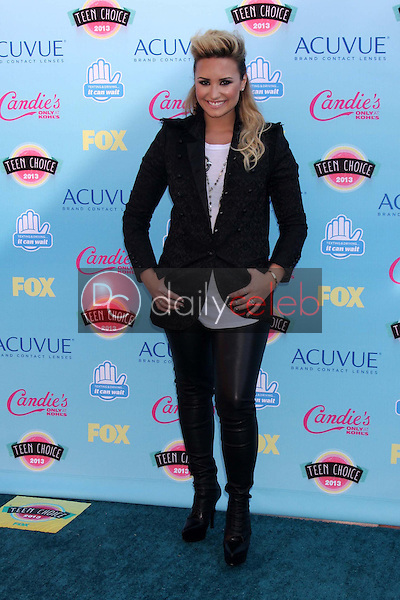 Demi Lovato<br /> at the 2013 Teen Choice Awards Arrivals, Gibson Amphitheatre, Universal City, CA 08-11-13<br /> David Edwards/Dailyceleb.com 818-249-4998