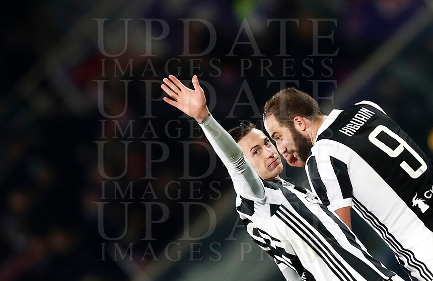 Calcio, Serie A: Fiorentina - Juventus, stadio Artemio Franchi Firenze 9 febbraio 2018.<br /> Juventus' Federico Bernardeschi (l) and Gozalo Higuain (r) during the Italian Serie A football match between Fiorentina and Juventus at Florence's Artemio Franchi stadium, February 9, 2018.<br /> UPDATE IMAGES PRESS/Isabella Bonotto