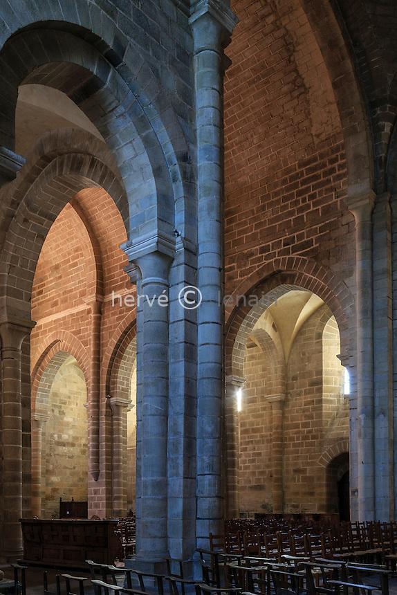France, Corrèze (19), Aubazine, abbaye cistercienne Saint-Étienne, l'église // France, Correze, Aubazine, Saint Etienne abbey, the church