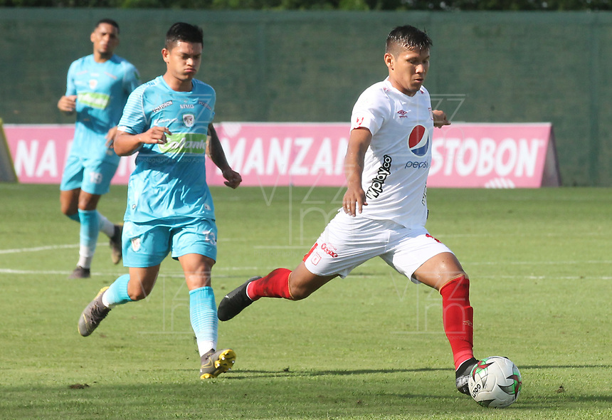 MONTERIA - COLOMBIA, 15-09-2019: Rafael Carrascal de America en acción durante el partido por la fecha 11 de la Liga Águila II 2019 entre Jaguares de Córdoba F.C. y América de Cali jugado en el estadio Jaraguay de la ciudad de Montería. / Rafael Carrascal of America in action during match for the date 11 as part Aguila League II 2019 between Jaguares de Cordoba F.C. and America de Cali played at Jaraguay stadium in Monteria city. Photo: VizzorImage / Cont