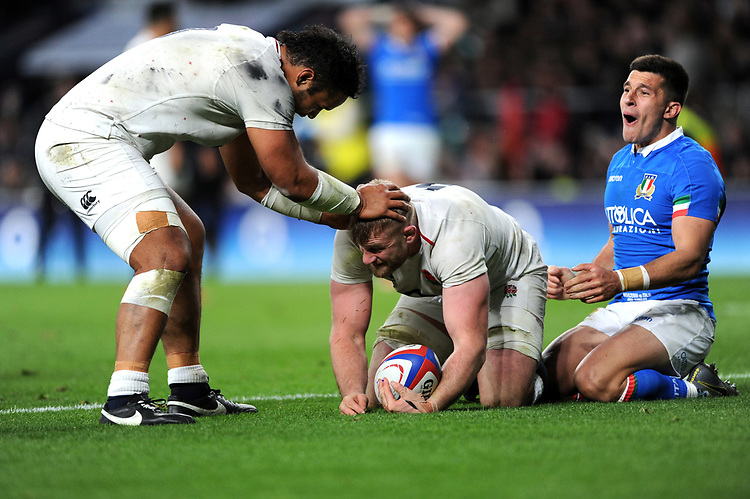 Billy Vunipola congratulates team mate George Kruis of England after he scores a charged down try during the Guinness Six Nations match between England and Italy at Twickenham Stadium on Saturday 9th March 2019 (Photo by Rob Munro/Stewart Communications)