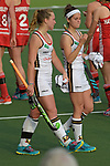 NED - Amsterdam, Netherlands, August 20: During the women Pool B group match between Germany (white) and England (red) at the Rabo EuroHockey Championships 2017 August 20, 2017 at Wagener Stadium in Amsterdam, Netherlands. Final score 1-0. (Photo by Dirk Markgraf / www.265-images.com) *** Local caption *** Nike Lorenz #4 of Germany, Pia Oldhafer #29 of Germany