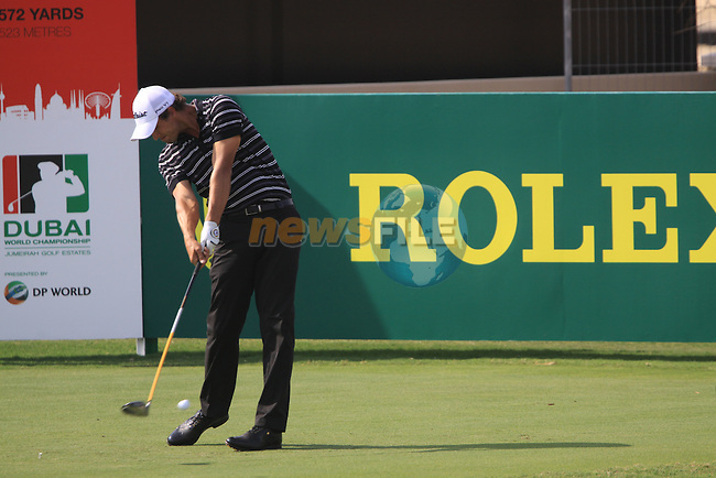 Adam Scott tees off on the 7th tee during  Day 2 at the Dubai World Championship Golf in Jumeirah, Earth Course, Golf Estates, Dubai  UAE, 20th November 2009 (Photo by Eoin Clarke/GOLFFILE)