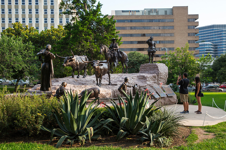 The Tejano Monument is one of the largest monuments on the grounds of the Texas state Capitol and features a twenty-foot granite base with ten statues and five bronze-relief plaques. On May 17, 2001, the Seventy-seventh Texas Legislature adopted House Concurrent Resolution (HCR) 38 authorizing the committee to erect the monument, created by Laredo sculptor Armando Hinojosa, on the Texas Capitol grounds to pay tribute to the contributions of Tejanos—the founding Spanish and Mexican settlers—to the state of Texas.