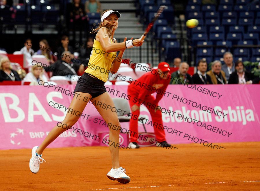 Tennis, FED CUP.Serbia Vs. Slovakia.Bojana Jovanovska Vs. Daniela Hantuchova.Daniela Hantuchova, retunes.Beograd, 24.04.2010..foto: Srdjan Stevanovic/Starsportphoto ©