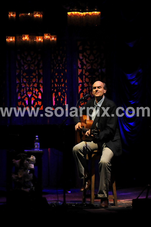 **ALL ROUND PICTURES FROM SOLARPIX.COM**.**WORLDWIDE SYNDICATION RIGHTS EXCLUDING UK & ITALY - NO PUBLICATION IN UK OR ITALY**.James Taylor playing live at Teatro Smeraldo, Milan, Italy. 14 April  2008..This pic: James Taylor..JOB REF: 9158 MXN       DATE: 14_04_2008.**MUST CREDIT SOLARPIX.COM OR DOUBLE FEE WILL BE CHARGED**.**ONLINE USAGE FEE GBP 50.00 PER PICTURE - NOTIFICATION OF USAGE TO PHOTO @ SOLARPIX.COM**.**CALL SOLARPIX : +34 952 811 768 or LOW RATE FROM UK 0844 617 7637**