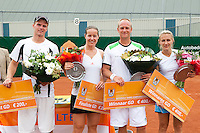 20-08-11, Tennis, Amstelveen, Nationale Tennis Kampioenschappen, NTK, v.l.n.r.: Mixed Dubbel finale, finalisten Arjan Pastoors en Kim Kilsdonk en winnaars Bart de Gier en Olga Kaluuzhnaya