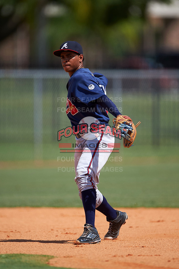 Atlanta Braves Luis Valenzuela (2) during practice before an instructional league game against the Houston Astros on October 1, 2015 at the Osceola County Complex in Kissimmee, Florida.  (Mike Janes/Four Seam Images)