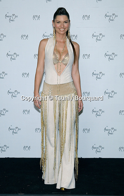 Shania Twain backstage at the American Music Awards at the Shrine Auditorium in Los Angeles. January 13, 2003.