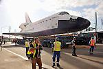 7508_space shuttle endeavor Across LA