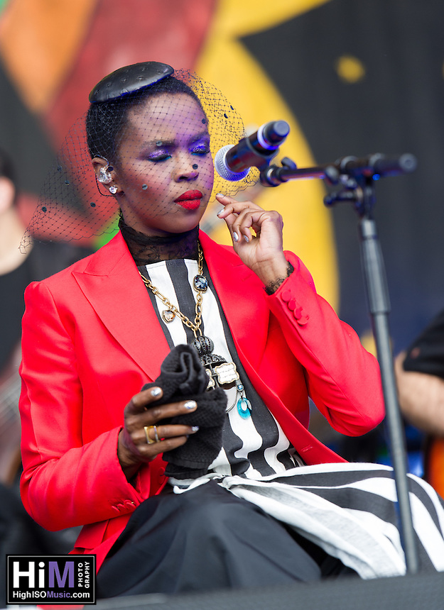 Lauryn Hill performs at Jazz Fest 2016.