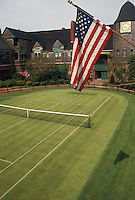AJ4407, Newport, tennis, Hall of Fame, tennis court, Rhode Island, U.S. Flag flies above the grass court at the International Tennis Hall of Fame Museum in Newport in the state of Rhode Island.